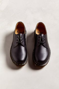 Martens Core 1461 Oxford at Urban Outfitters today. We carry all the latest styles, colors and brands for you to choose from right here. Dr. Martens, Dr Martens Men, Doc Martens Outfit, Doc Martens Oxfords, Suit Shoes, Men's Shoes, Aesthetic Shoes, Goodyear Welt, Me Too Shoes