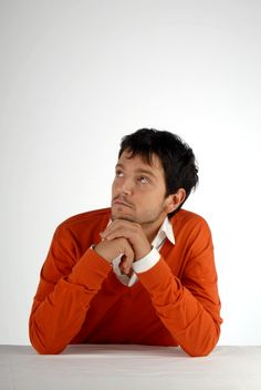 Diego Luna 1 of 4
