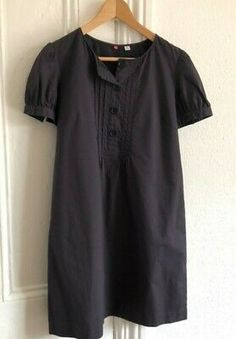 Uniqlo short sleeve dress Navy dress <br>Size medium or a 12 <br>Armpit to Armpit 38 inches <br>Length 35 inches <br>Excellent condition - light wear <br> <br> Navy Blue Dresses, Navy Dress, Short Sleeves, Short Sleeve Dresses, Dresses With Sleeves, Dress Shirts For Women, Long Sleeve Shirts, Shirt Dress