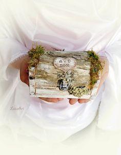 #rustic #wedding #pillow #box