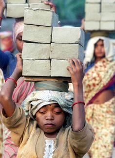 Save the Childhood......INDIA CHILD-SLAVERY!!
