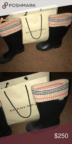 Burberry rain boots Rain boots like new Burberry Shoes Winter & Rain Boots