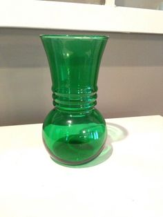 Anchor Hocking Vintage Green Glass Vase by AuntBsTreasureBox