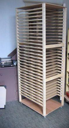 New Screen Printing Studio Drying Racks 59 Ideas Art Studio Storage, Art Studio Organization, Art Storage, Deco Studio, Pottery Studio, Home Made Soap, Art Classroom, Art Studios, Industrial Furniture