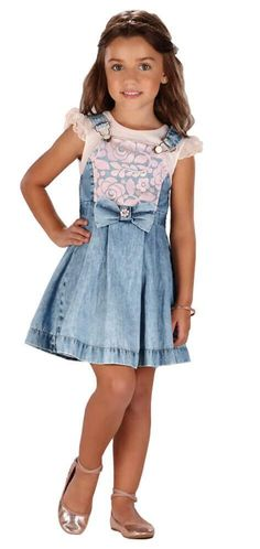 Na Kids na Net você encontra a salopete infantil para as meninas arrasarem no look lindas e superconfortáveis. Aproveite! Parcelamos em 3x sem juros, com frete GRÁTIS, nas compras acima de R$250,00. Entregamos para todo o Brasil. Cute Little Girl Dresses, Beautiful Little Girls, Cute Little Girls, Girls Dresses, Kids Fashion, Fashion Outfits, Recycle Jeans, Mini Vestidos, Lolita Dress