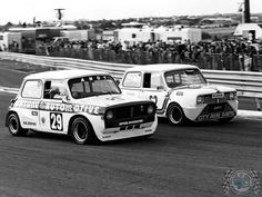 Check out these 2 awesome #SundayScreamer Beasts! Love to see a Clubby giving it large on the track.