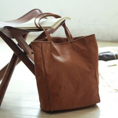 Natural skin feeling leather tote