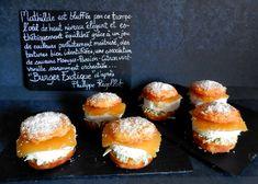 Burger Exotique d'après Philippe Rigollot Dessert Aux Fruits, Desserts Fruits, Philippe Rigollot, Sans Gluten, Hamburger, Bread, Tropical, France, Mango