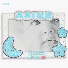 Marco personalizado con el nombre del bebé Modelo Luna y Estrellas D065 (10x15 cm)     http://lechatnoirham.tictail.com/
