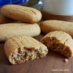 Crunchy Provence with almonds - HQ Recipes Italian Biscuits, Italian Cookies, Dessert Dishes, Dessert Recipes, Desserts, Baking Recipes, Cookie Recipes, Biscuit Bread, Biscotti Cookies