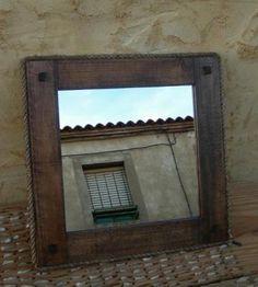 marco de espejo rustico mueble mueble madera,espejo cristal,cuerda pita a mano Photo Displays, Mirror, Furniture, Design, Home Decor, Rustic Furniture, Rustic Mirrors, Frame Mirrors, Solid Wood