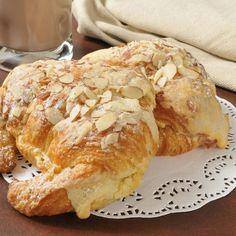 Croissants farcis à la crème d'amande