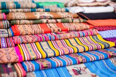 Tarabuco market, Bolivia, near Sucre And just look at those fabrics. We couldn't resist and bought a tablecloth. Handmade Clothes, Bolivia, Handicraft, South America, Weaving, Embroidery, Marketing, Travelling, Fabrics