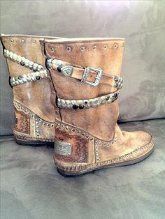 Love my new boots; karma of charme!