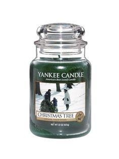 Christmas Tree Netting, Large Christmas Tree, Noel Christmas, Holiday Tree, Holiday Gifts, Christmas Gifts, Yankee Candle Christmas, Christmas Tree Candles, Christmas Scents