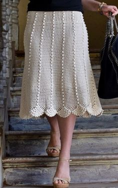CROCHET SKIRT . FREE PATTERN.