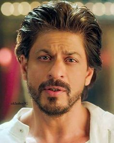 Lovely Shahrukh 🖤 You Are My Soul.I Dont Live. Thanks Shahrukh. Happy New Year 2014, Happy New Year Quotes, Quotes About New Year, Shah Rukh Khan Quotes, You Are My Soul, Indian Star, Fake Photo, King Of Hearts, Dark Eyes