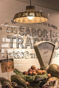 in love with the style, the colorscale, the typography Food Retail, Retail Shop, Interior Design Magazine, Restaurant Design, Restaurant Bar, Deli Shop, Vegetable Shop, Fruit Shop, Fruit And Veg
