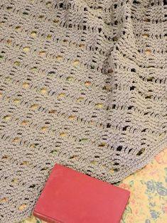 CrochetKim Free Crochet Pattern | Romantic Lattice Throw @crochetkim