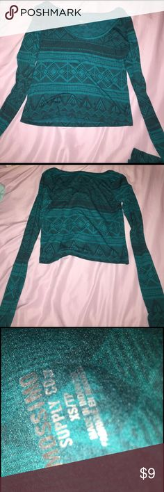 (Mossimo Supply Co.) Cropped Long Sleeve Top This is a tealish tribal cropped long sleeved top from Mossimo Supply Co. Very Cute and casual :) Will be washed before delivered ;) Mossimo Supply Co Tops Crop Tops