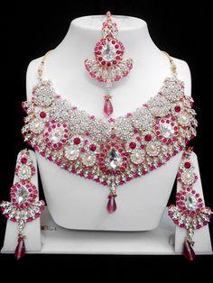 Fashion Jewelry Manufacturer, wholesaler and Exporter Pakistani Jewelry, Bollywood Jewelry, Indian Jewelry Sets, Bridal Jewelry Sets, India Jewelry, Wholesale Fashion, Wholesale Jewelry, Bridal Jewellery Inspiration, Fashion Jewelry Stores