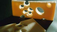 Peynirlerdeki deliklerin sırrı çözüldü: http://www.cografyam.net/viewtopic.php?f=28&t=1372