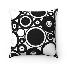Black and White Pillow Cover, Geometric Outdoor Cushion, Circle Farmhouse Couch Sofa Accent Pillow Case, Indoor 14x14 16x16 18x18 20x20#14x14 #16x16 #18x18 #20x20 #accent #black #case #circle #couch #cover #cushion #farmhouse #geometric #indoor #outdoor #pillow #sofa #white Outdoor Couch, Outdoor Cushions, Outdoor Pillow, Indoor Outdoor, Toss Pillows, Accent Pillows, Decorative Throw Pillows, White Pillow Covers, Black And White Pillows