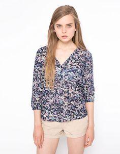 Bershka Netherlands - Printed blouse BSK, achter gerimpeld