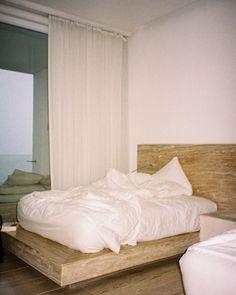Instagram Bedroom, Furniture, Instagram, Home Decor, Decoration Home, Room Decor, Bedrooms, Home Furnishings, Home Interior Design