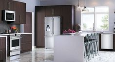 Courtesy of our friends from Frigidaire, they have provided you with a professional kitchen upgrade. If you are looking to update your kitchen and this look is something that you are interested in, Frigidaire Appliances are the perfect match for you. Bosch Appliances, Retro Appliances, Updated Kitchen, Diy Kitchen, Quiet Dishwashers, Appliance Cabinet, Built In Dishwasher, Kitchen Upgrades, Professional Kitchen