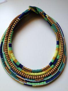 Collier original Multi rangs en pagne africain par LatelierdeJambo, €45.00