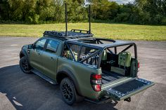 Ricardo's adapted version of the 2019 Ford Ranger has it outfitted for military use, but it could also easily be turned into the reliable performer you need. Ford Ranger Pickup, Ford Ranger Raptor, Truck Roof Rack, Tactical Truck, Yatch Boat, 2019 Ford Ranger, Overland Truck, Truck Mods, Vans