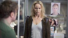 """In """"Die Brücke - Transit in den Tod"""" spielt sie eine Kommissarin, die an Asperger leidet. Was macht das mit einem, Sofia Helin? Eine Begegnung mit der ..."""
