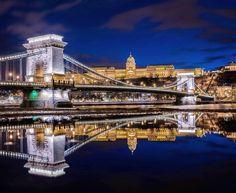 "Képtalálat a következőre: ""széchenyi chain bridge"" Cool Places To Visit, Places To Go, Heart Of Europe, Magic City, Tourist Places, Bratislava, Budapest Hungary, Beautiful Places, Scenery"