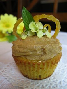 Lemon Cupcakes with Lemon Frosting (2 Variations)(Nut-Free) - The Paleo Mom