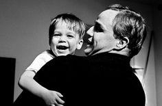 """""""Listen to me, Marlon"""", Brando raccontato da Brando ai Popoli e in dvd Indie Movies, Old Movies, Don Corleone, Fresh Movie, Cinema, Old Movie Stars, Sundance Film, Trailer, Film Director"""