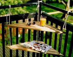 Om jou nog blijer te maken met je kleine balkonnetje geven we je een aantal leuke ideeën voor het stylen van je piepkleine buitenruimte.