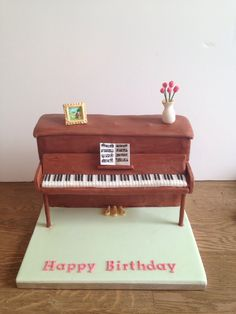 Piano Lavoro Cake Design : 1000+ images about Aristocats Cake on Pinterest Piano ...