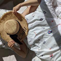 Carré Blanc (@carreblancparis) • Photos et vidéos Instagram Photos, Instagram, Comforter Set, Spring, Pictures