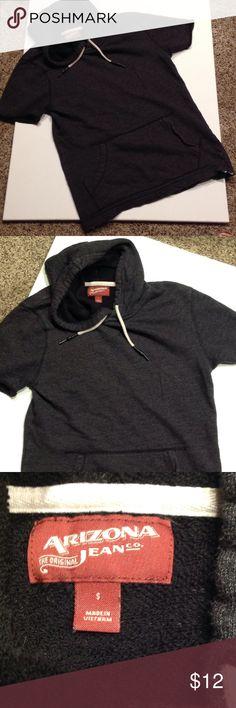 Arizona Hooded Sweatshirt Short sleeve cute hooded sweatshirt Arizona Jean Company Tops Sweatshirts & Hoodies