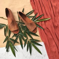 Step into new Spring styles. Ask Your Stylist for versatile footwear from brands like @1state, @SoleSociety, and @dolcevita in your next Fix.