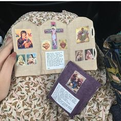 Sweet customer Karen using her Custom Triptych & Rosary Case while waiting for the bus in Singapore! Catholic Religious Education, Catholic Crafts, Catholic Prayers, Rosario Mariano, Divine Mercy Prayer, Our Lady Of Czestochowa, Vintage Holy Cards, Pictures Of Christ, Images Of Mary