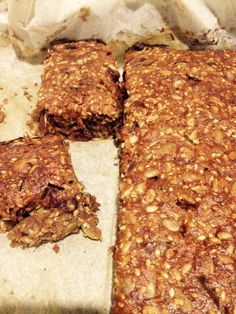 FNG Bars: Fig, Nut and Grain Bars