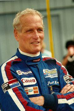Awe-Inspiring Vintage Photos of Paul Newman Racing - Esquire.com