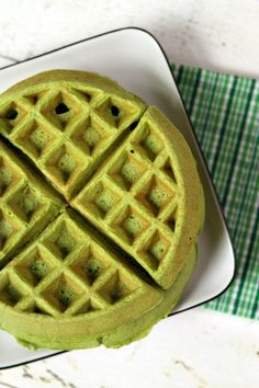 Green Smoothie Waffles Recipe! Note to self: or food color into waffle mix for kids green 'dinner'