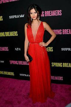 Selena Gomez o Jennifer Aniston, ¿quién tiene el mejor estilo? - Terra México