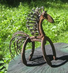Welding Art Projects, Welding Crafts, Metal Art Projects, Metal Crafts, Horseshoe Projects, Horseshoe Crafts, Horseshoe Art, Metal Yard Art, Scrap Metal Art