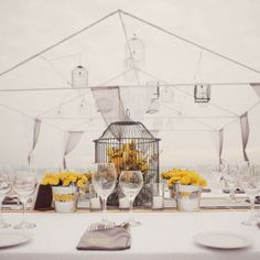 Grey and Yellow wedding color scheme