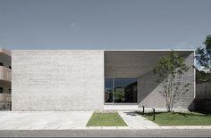 House of Amami Oshima / Matsuyama Architect and Associates