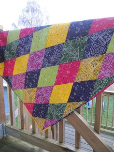 Bandana quilt by: Our Busy Little Bunch Quilting Projects, Quilting Designs, Sewing Projects, Quilting Ideas, Sewing Ideas, Rag Quilt, Scrappy Quilts, Bandana Quilt, Bandana Blanket